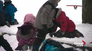 Outdoor recess returns to Edmonton schools as cold snap comes to an end
