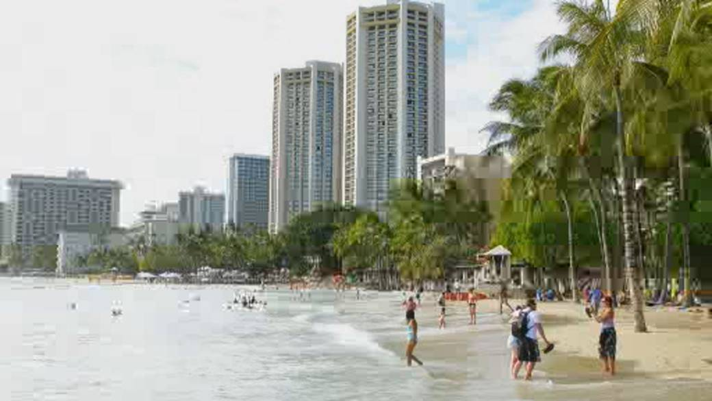 Click to play video 'New rules allow Canadians to skip COVID-19 quarantine in Hawaii'