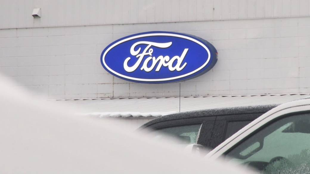 B.C. Ford owner gets new vehicle after dealing with car repairs for 17 weeks