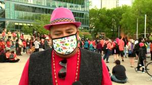 Vigil held at Calgary city hall for 215 children found in graves at former B.C. residential school (02:48)