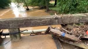Deadly flooding leaves debris scattered in McEwen, Tenn. (00:37)