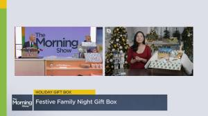 How to create a personalized gift box for the holidays (07:07)