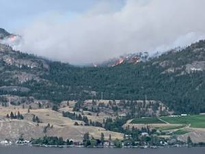 Christie Mountain wildfire grows to 2,000 hectares, officials concerned about possible winds