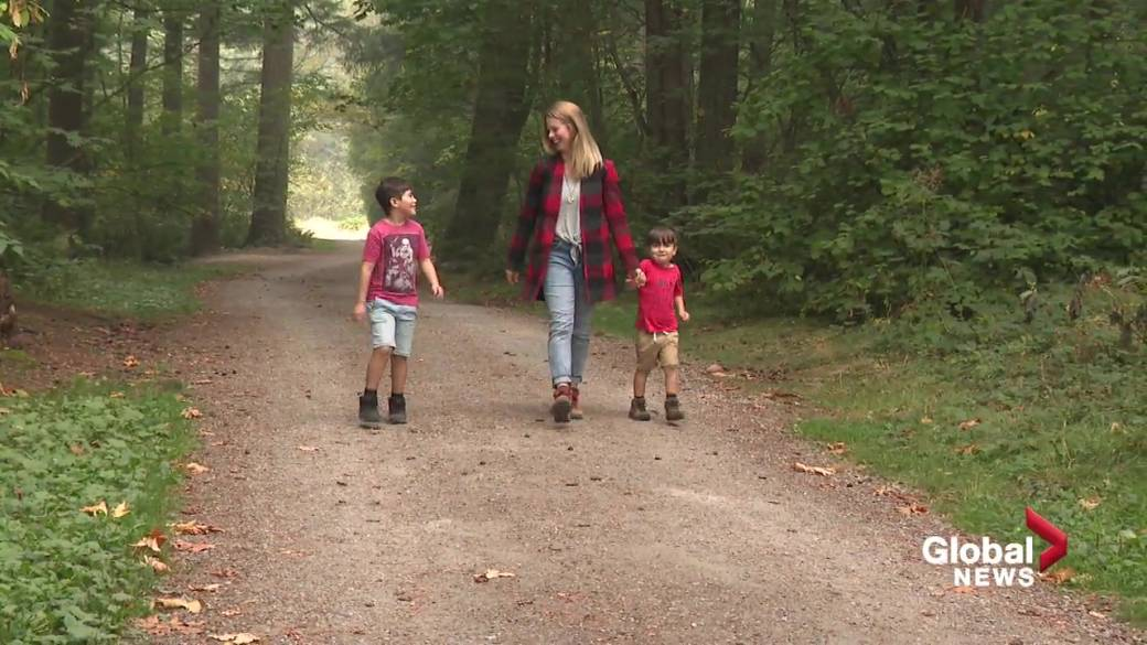 Click to play video 'Childhood spent outdoors good for long-term mental health: research'