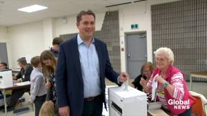 Federal Election: Andrew Scheer casts vote in federal election