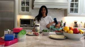 Minna Rhee shares some simple tips on how to pack a well balanced school lunch (01:54)