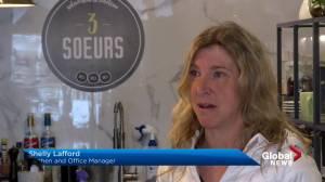 Coronavirus: Montreal restaurants struggling to survive (02:13)