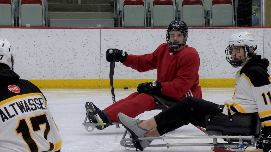 Click to play video 'Injured Bronco Ryan Straschnitzki teaches lessons on and off the ice'