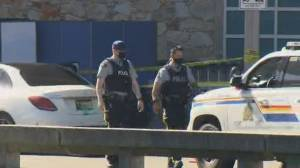B.C. gang violence escalates with deadly shooting at Vancouver International Airport (02:01)