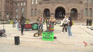 Fridays for Future Toronto holds youth-led climate rally at Queen's Park (01:50)
