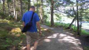 Guided hikes fight pandemic stress (06:07)