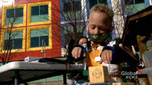 Calgary students give Alberta boy living with rare condition a chance at independence (02:05)
