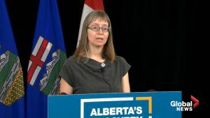 Coronavirus: Alberta Grade 4-12 students, teachers to wear masks when schools reopen in fall