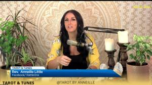 GNM chats with tarot card reader Rev. Anneille Little (07:58)