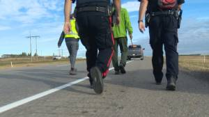 Southern Alberta police walk for youth mental health (01:46)