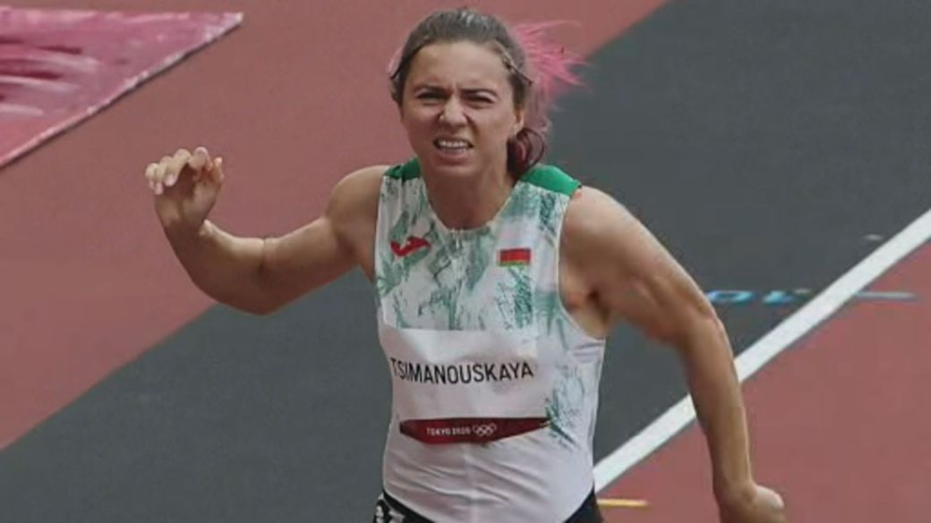 Click to play video: 'Belarusian Olympic sprinter granted Polish visa over fears for her safety'