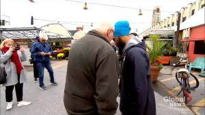 Quebec premier denounces Montrealer who told Jagmeet Singh to 'cut your turban off'