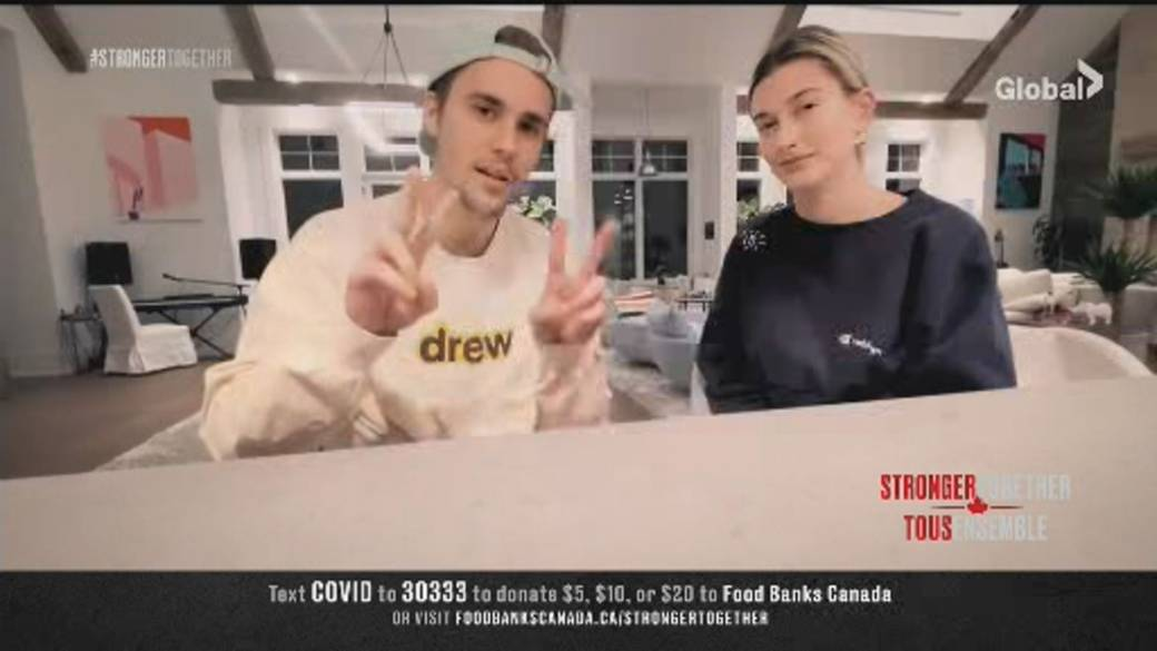 Click to play video 'Stronger Together: Justin Bieber and Hailey Baldwin Bieber sending 'love and prayers' from isolation in Canada'