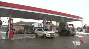 Edmonton man frustrated by police response time after frightening gas station encounter