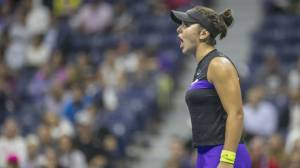 Andreescu sets stage Serena Williams in U.S. Open final (01:43)