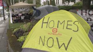 Homeless activists take tent city to Vancouver City Hall