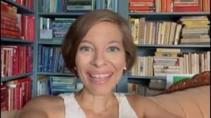 Julie Rohr, beloved Edmonton woman, dies after public battle with cancer (01:24)