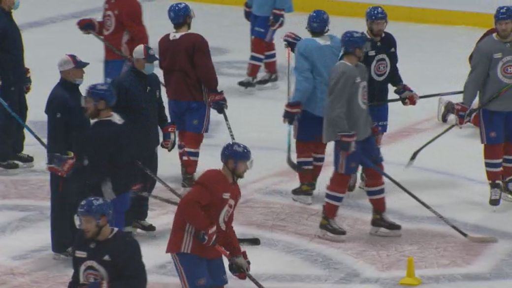 Click to play video 'Canadian NHL teams gear up for north of the border hockey season'