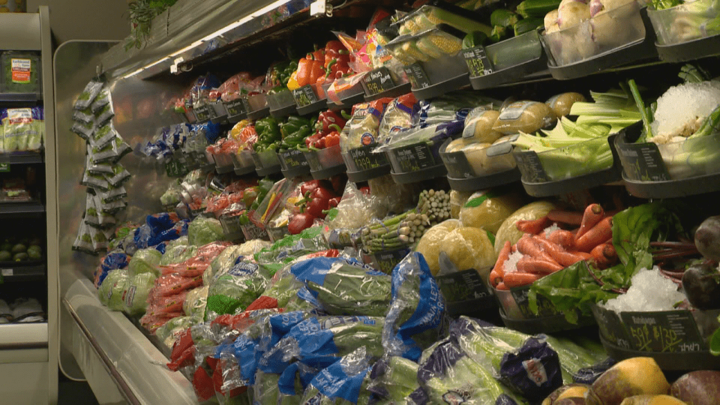 Click to play video: 'International Energy Shortage Affects Food Prices in Canada'