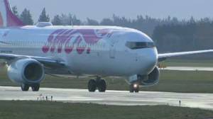 Discount airline Swoop launches route between Toronto and Abbotsford, B.C. (02:19)