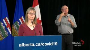 COVID-19: Hinshaw provides update on testing in Alberta, urges teachers and staff to get tested before September