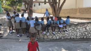 Canadian donations helping to keep orphanage in Haiti alive (00:50)
