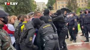 Belarus protests: Students detained by police during rally in Minsk