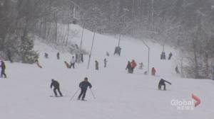 Coronavirus: Ontario ski hills in Ontario prepare to reopen (02:49)