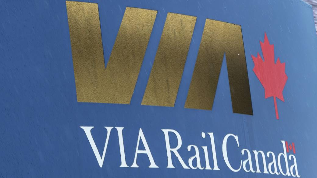Click to play video 'Via Rail banks survival on high frequency rail project'