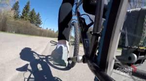 Bike program provides 'fun break' for young Calgarians during COVID-19 pandemic (01:46)