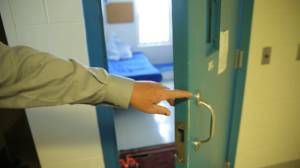 Elderly and at-risk inmates to receive COVID-19 vaccine on Friday (02:18)