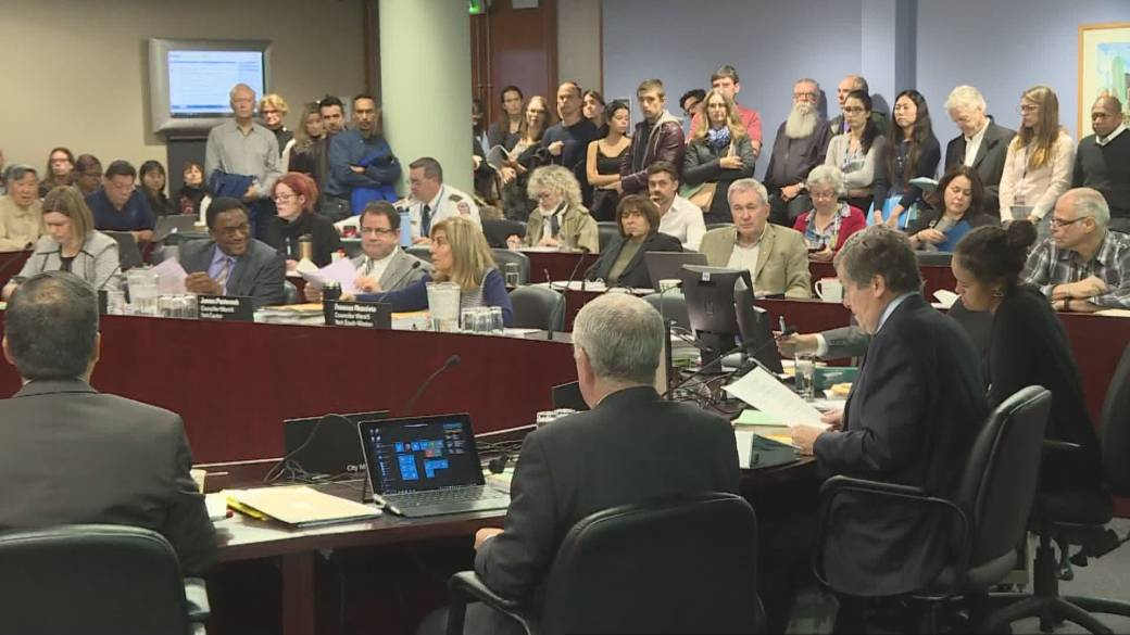 Dozens speak out against Toronto endorsing transit deal with the province