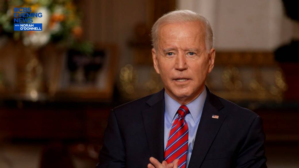 Click to play video 'Coronavirus: Biden says he's willing to compromise on who gets COVID-19 relief cheques, talks intelligence briefings for Trump'