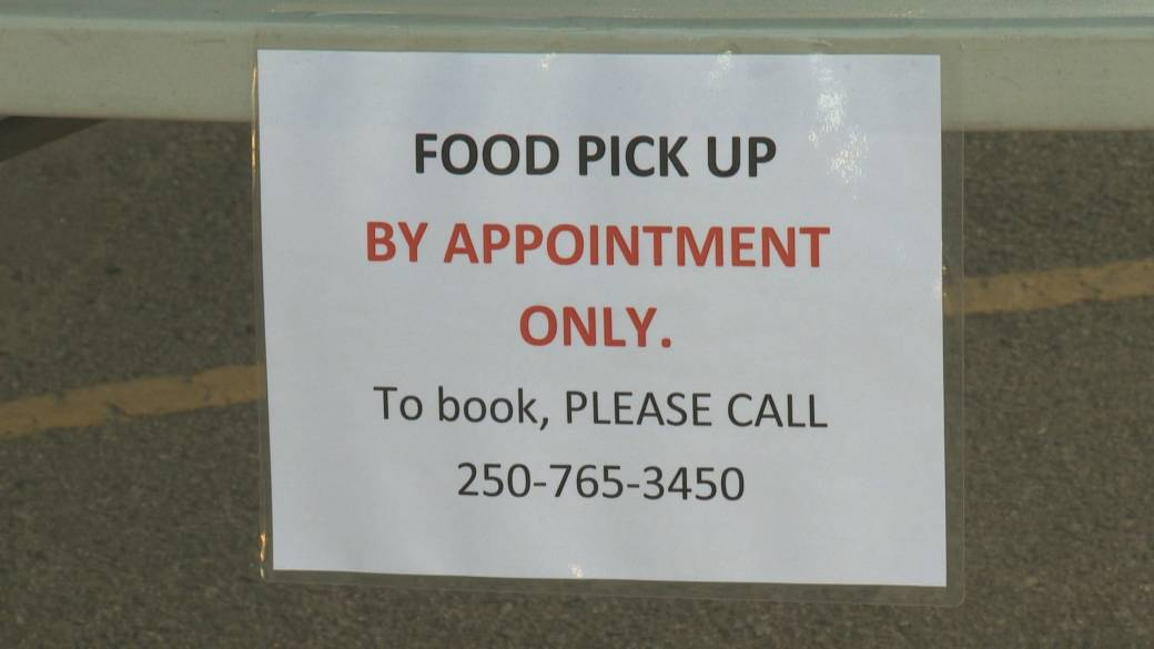 Click to play video 'Coronavirus: Okanagan Food Banks in see increase in demand and decrease in donations'