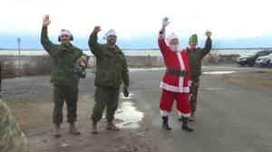 CFB Kingston 1 WIng flies Santa to KGH to visit children