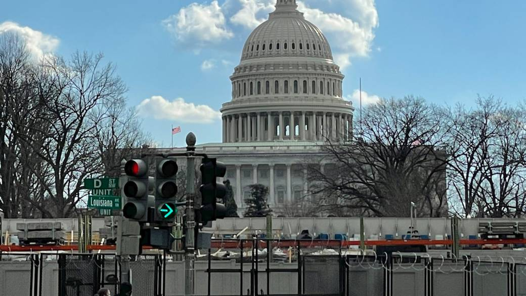 Click to play video: 'FBI warning of possible threat against U.S. Capitol'