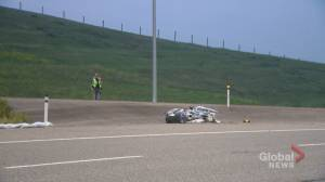 Motorcyclist dead after being struck on Calgary's Deerfoot Trail (01:32)