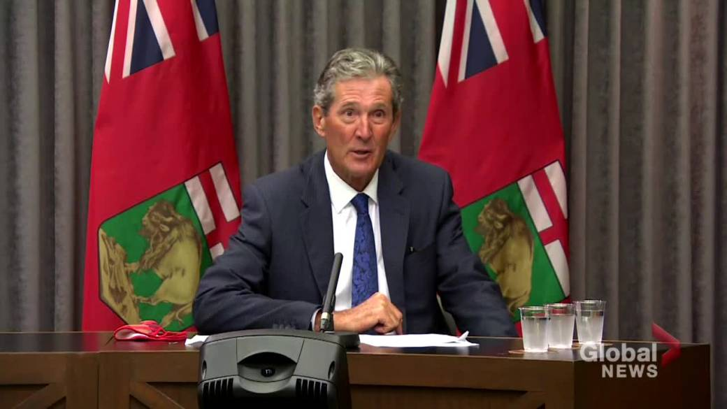 Click to play video: 'Manitoba further loosening COVID-19 restrictions as vaccination targets surpassed, masks no longer required indoors: Pallister'