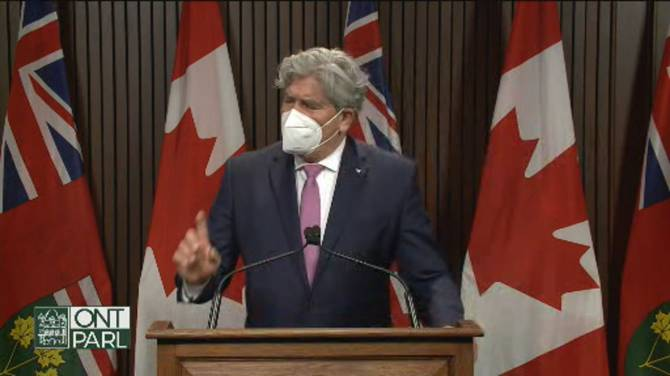 Click to play video: Ontario Liberals respond to AG report, say long-term care minister took 'no accountability' throughout COVID-19 pandemic