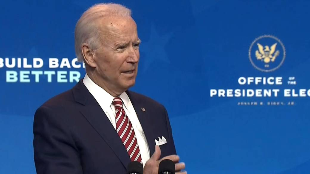 Click to play video 'Coronavirus: Biden says he wouldn't hesitate to get vaccine if Fauci, manufacturers conclude it's safe'