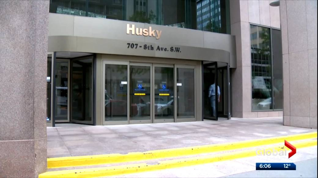 Click to play video 'More than 2,000 jobs could be lost in mega-merger of Cenovus and Husky'
