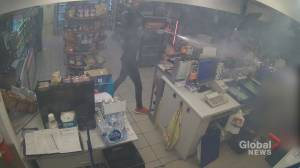 Video appears to show Roman Candle assault at Mississauga convenience store