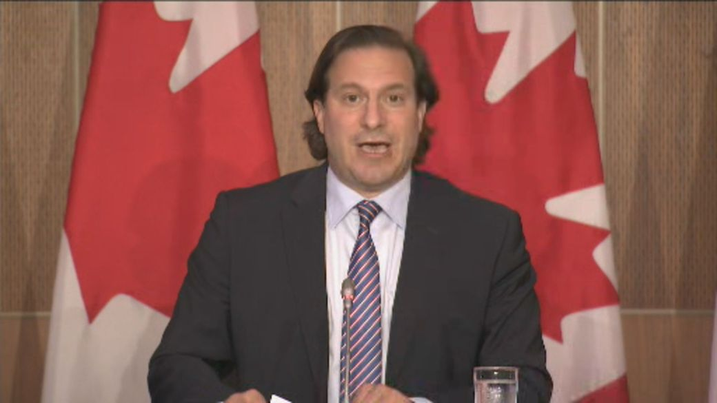 Click to play video: 'Canada offers 'path to protection' for Afghan interpreters amid 'critical' situation'