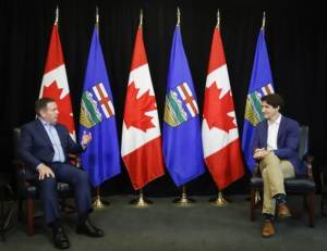 Prime Minister Justin Trudeau  in Alberta meeting with province's political leaders (01:43)