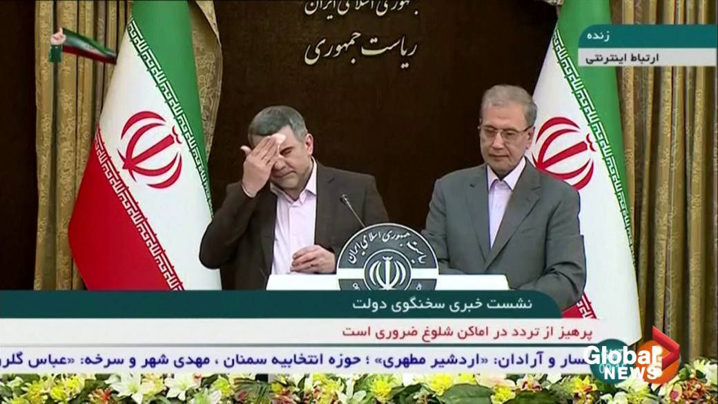 Click to play video 'COVID-19: Iran health minister appears ill at news conference before coronavirus diagnosis'
